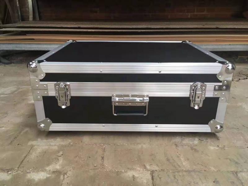 铝合金拉杆箱的用途及特点