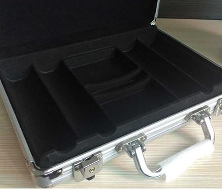 防震道具箱