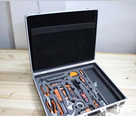铝合金仪器箱材质及基本配件