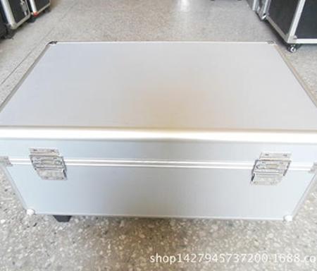 铝合金仪器箱特点