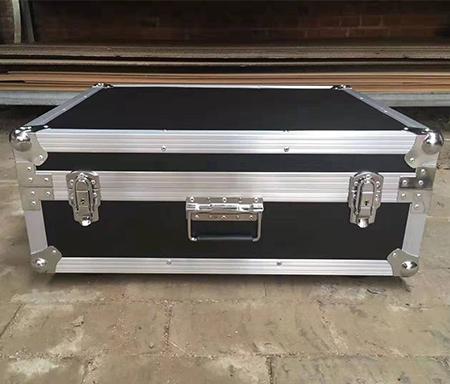 高品质铝合金包装箱要怎么选构?