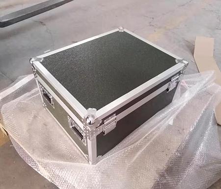 如何挑选质量好耐用性高的航空箱、铝合金箱